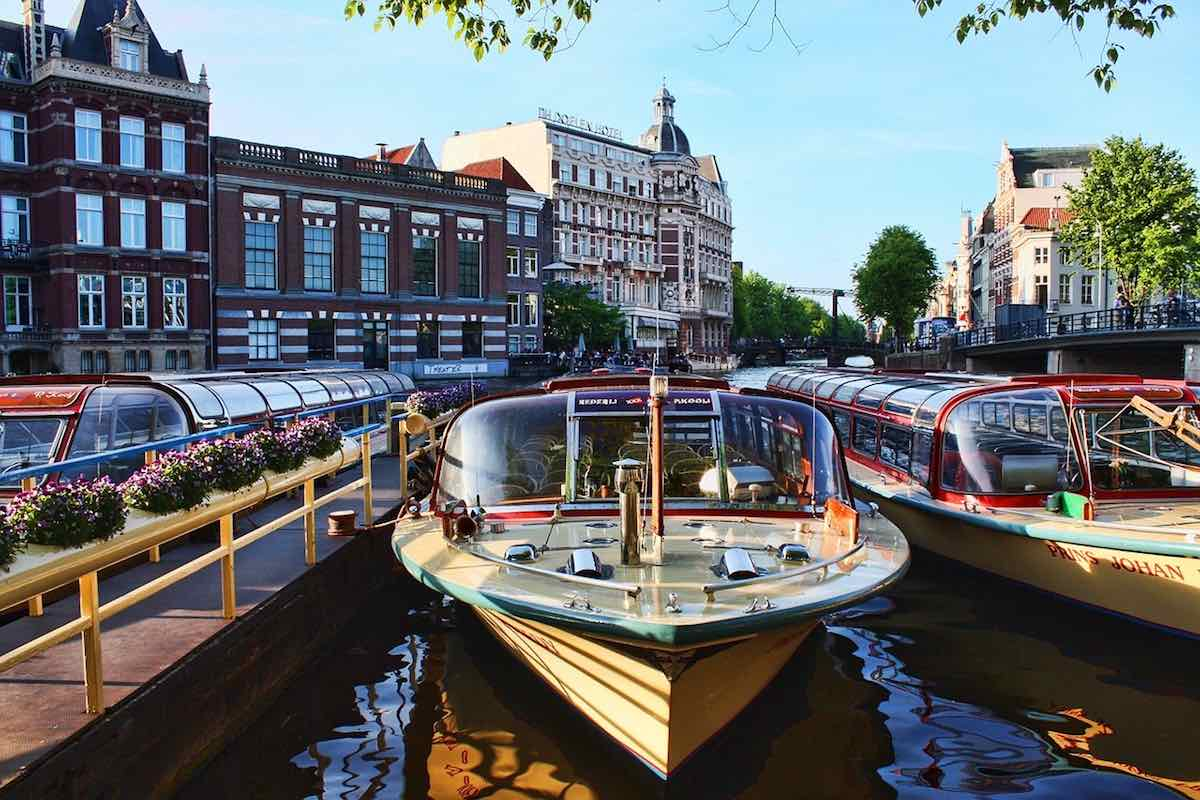 1_hour_canal_cruise